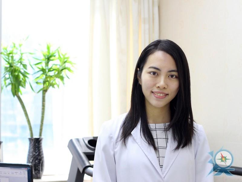 簡煥嬋醫生婦科或超聲掃描專家.jpg